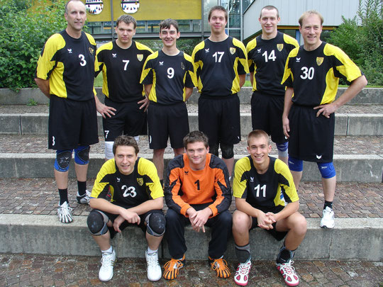 Die Herrenmannschaft 2010/2011 von Trainer Thomas Fleischhauer.