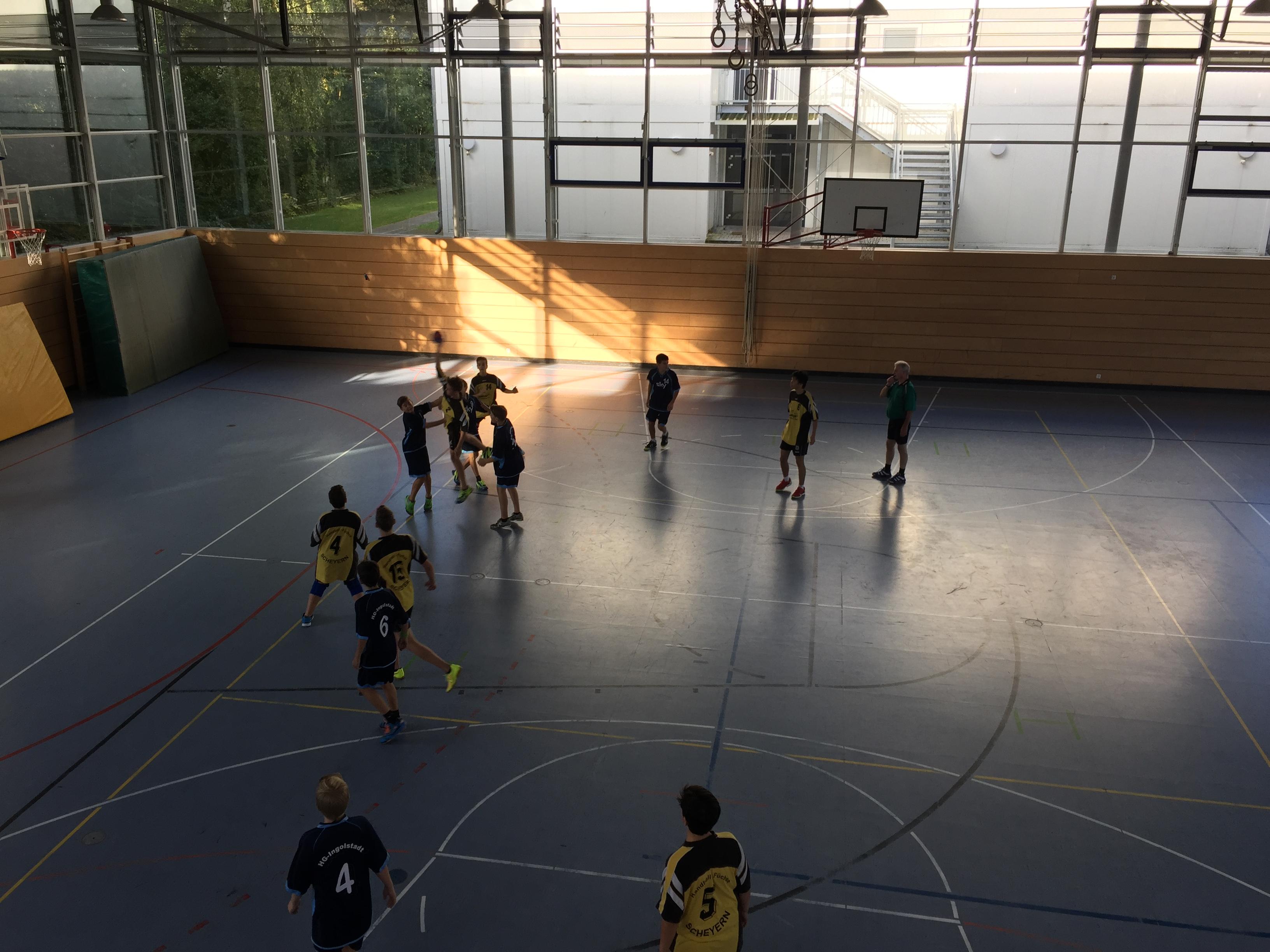 Die C-Jugend der Handball Füchse Scheyern vor heimischen Publikum