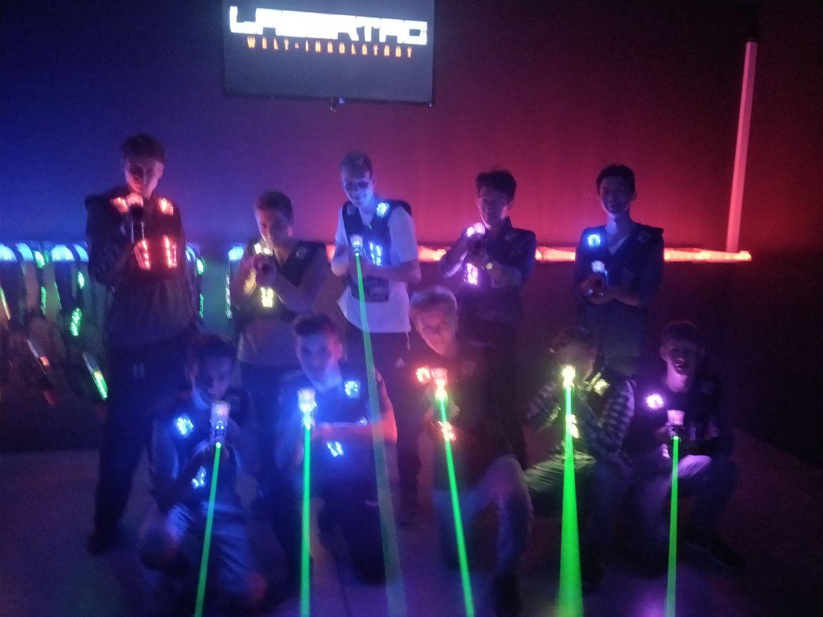 B-Jugend beim Lasertag in Ingolstadt.