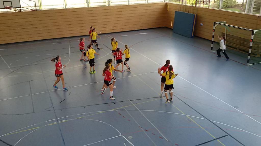 Die weibliche C-Jugend im Heimspiel gegen Mainburg