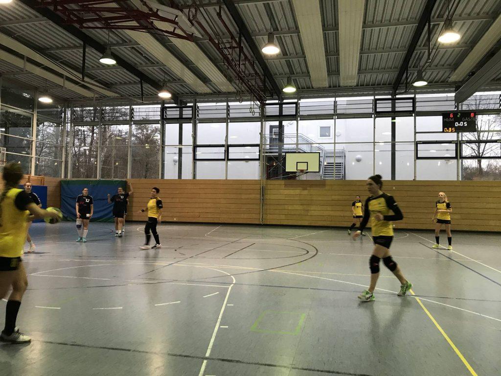 Die Damenmannschaft verliert knapp gegen den ASV Dachau