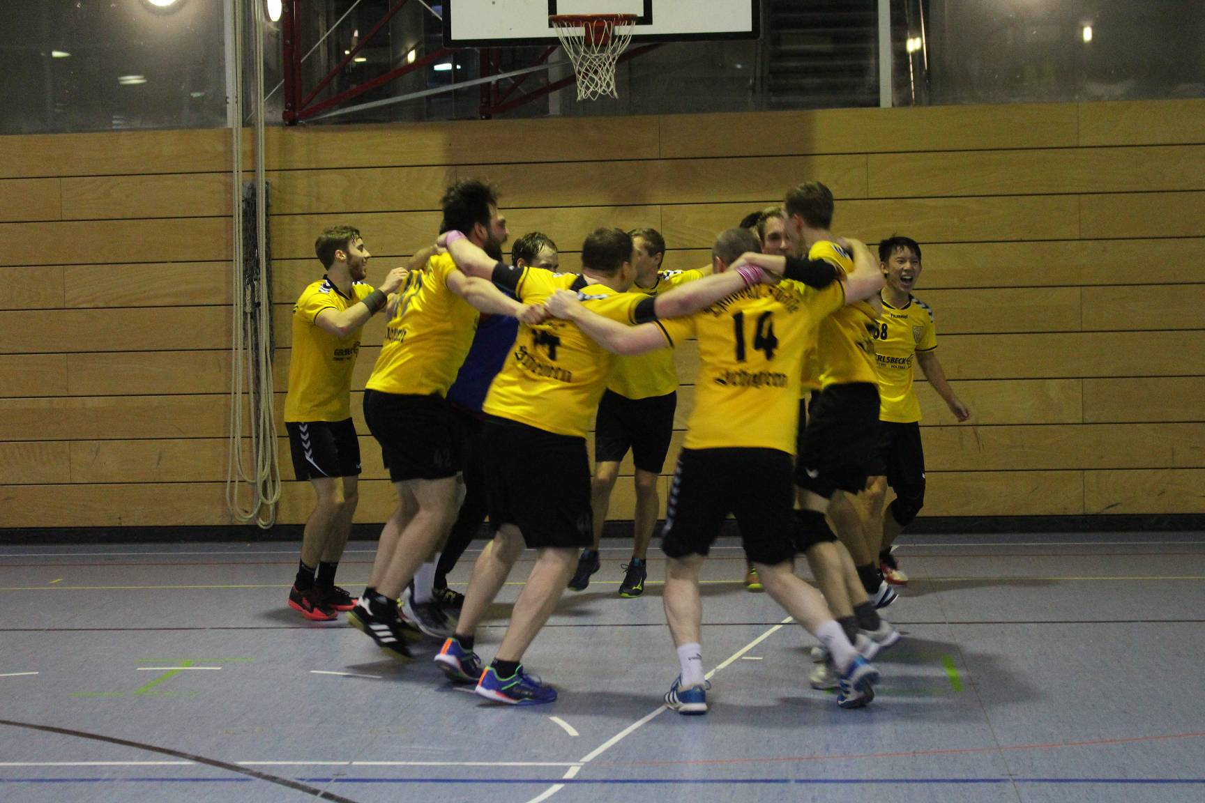 Die Scheyerer Herren gewinnen knapp gegen Schrobenhausen