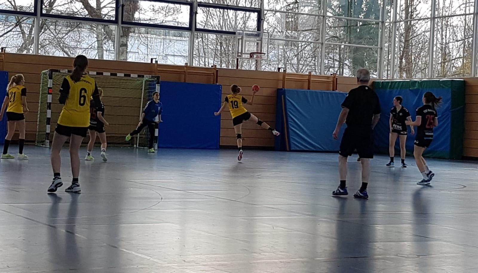 Damen gegen TSV Mainburg II