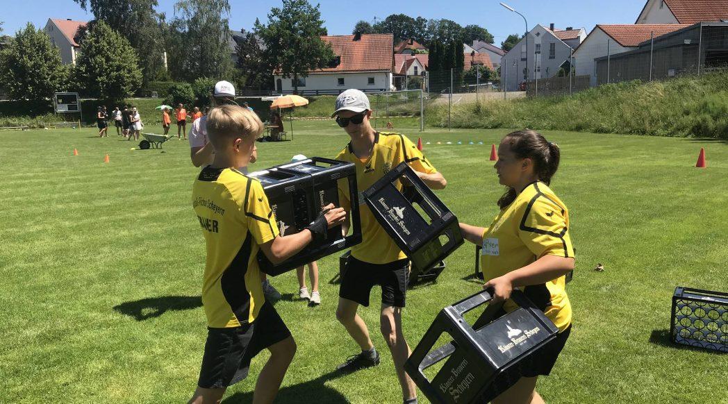Die Handball-Füchse beim Spiel ohne Grenzen