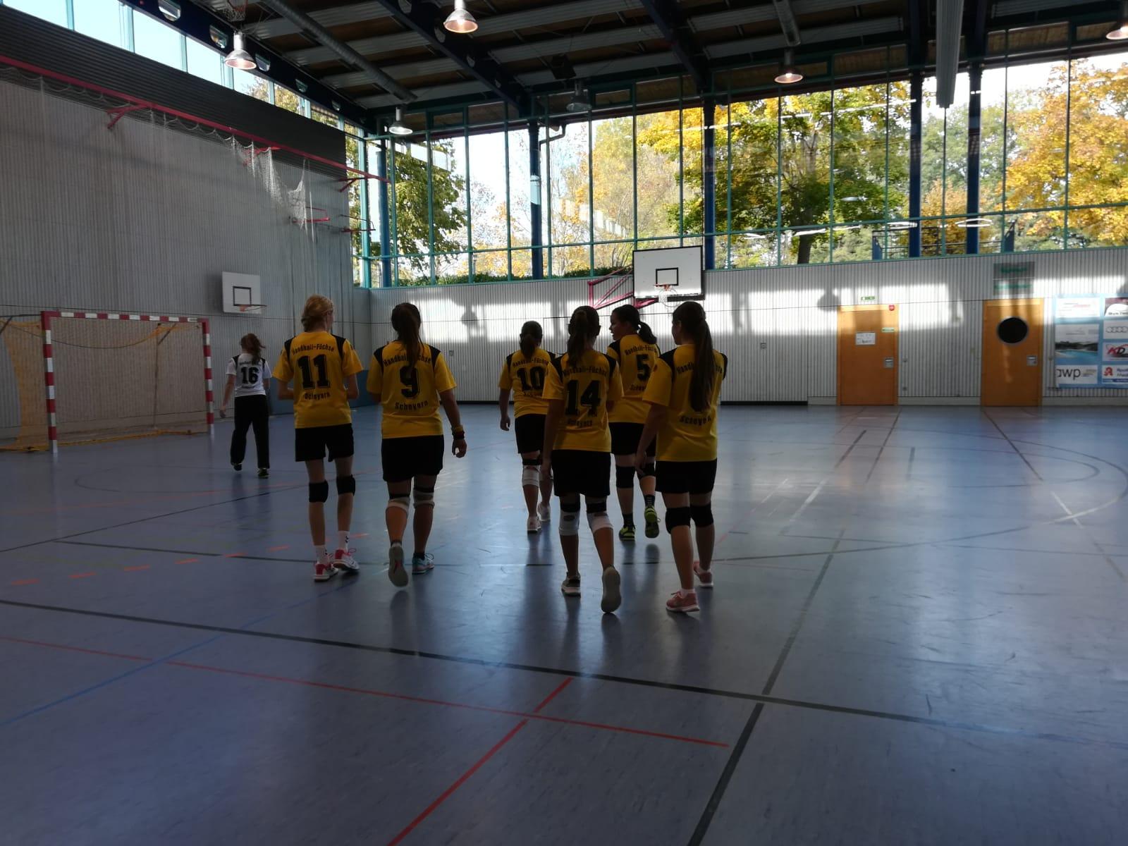 Die weibliche B-Jugend beim Auswärtsspiel in Manching