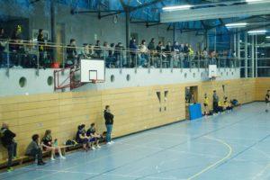 gut gefüllte Realschulturnhalle beim Derby gegen Rohrbach